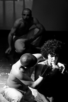 teatro-spettacolo-hybris-opus-personae-cibo_offesa_5
