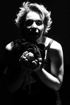 teatro-spettacolo-hybris-opus-personae-ecuba_1