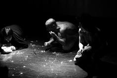 teatro-spettacolo-hybris-opus-personaecibo_offesa_9
